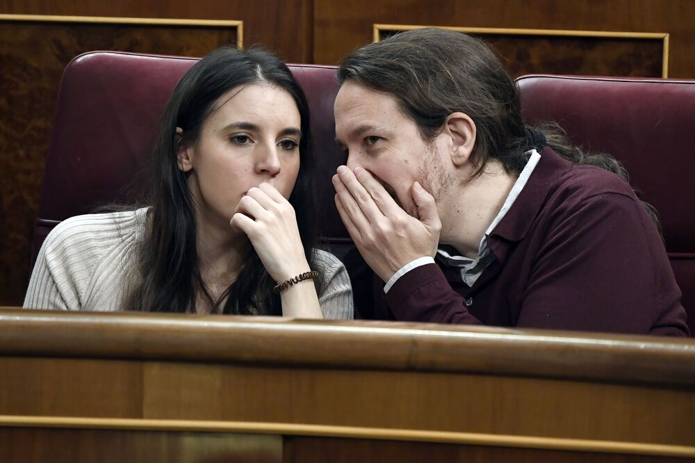 Membri del Congresso dei Deputati della Spagna Irene Montero e Pablo Iglesias