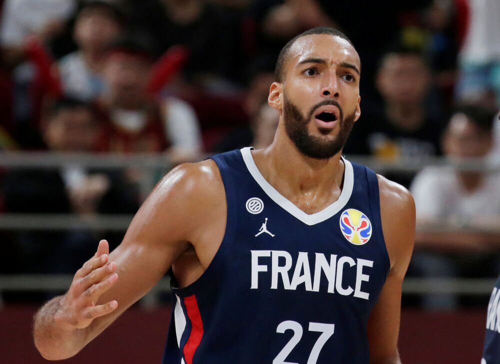 Rudy Gobert, un cestista francese, gioca come centrista per gli Utah Jazz