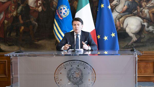 Conferenza stampa del Presidente Conte  - Sputnik Italia