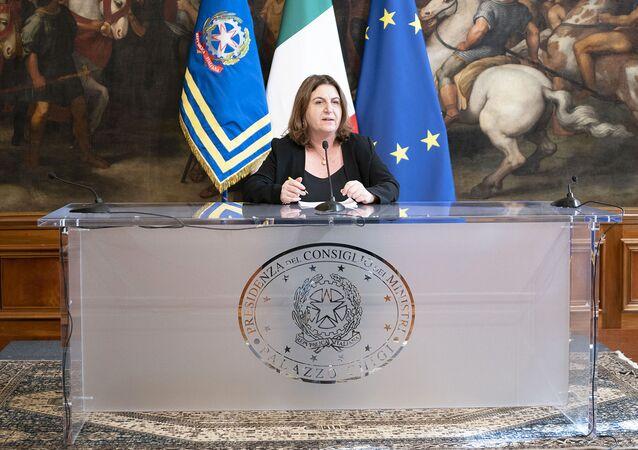 Il Ministro del Lavoro e delle Politiche Sociali, Nunzia Catalfo, nella Sala dei Galeoni, in conferenza stampa al termine del Consiglio dei Ministri
