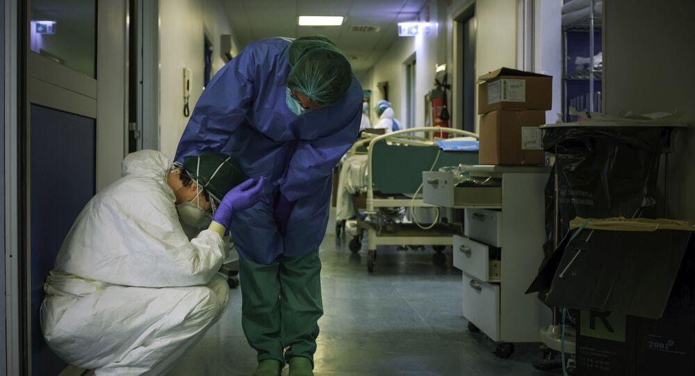 Le infermiere all'ospedale di Cremona, Italia, il 13 marzo 2020