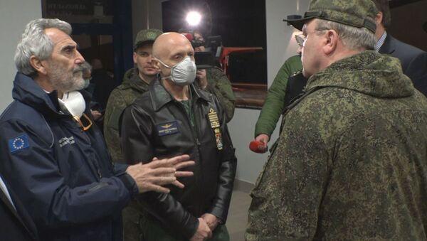 Il capo dello Stato Maggiore generale delle Forze armate italiane ha ringraziato la Russia per l'aiuto nella lotta contro il coronavirus. - Sputnik Italia