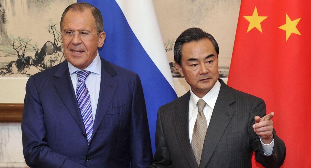 Sergey Lavrov e Wang Yi