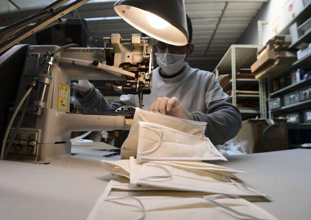 La produzione delle mascherine in Italia