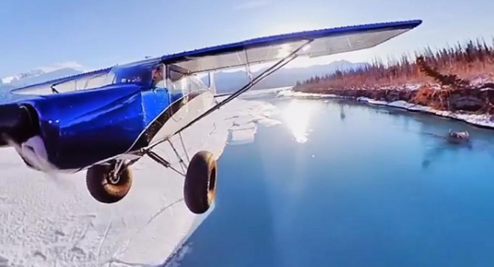 Questo è ciò che accade quando agganci una telecamera all'ala del tuo aereo
