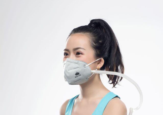 Le nuove mascherine antivirali elettrostatiche cinesi