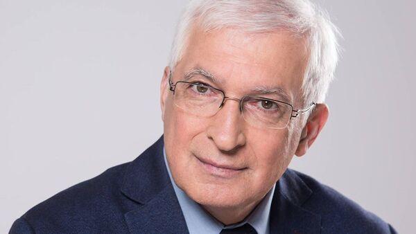 Boyan Durankev, docente di Economia, autore di oltre 350 articoli scientifici, responsabile del Dipartimento di Marketing e Management della Scuola Superiore di Finanza di Sofia - Sputnik Italia