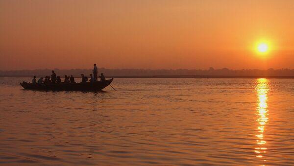 Il fiume Gange in India - Sputnik Italia