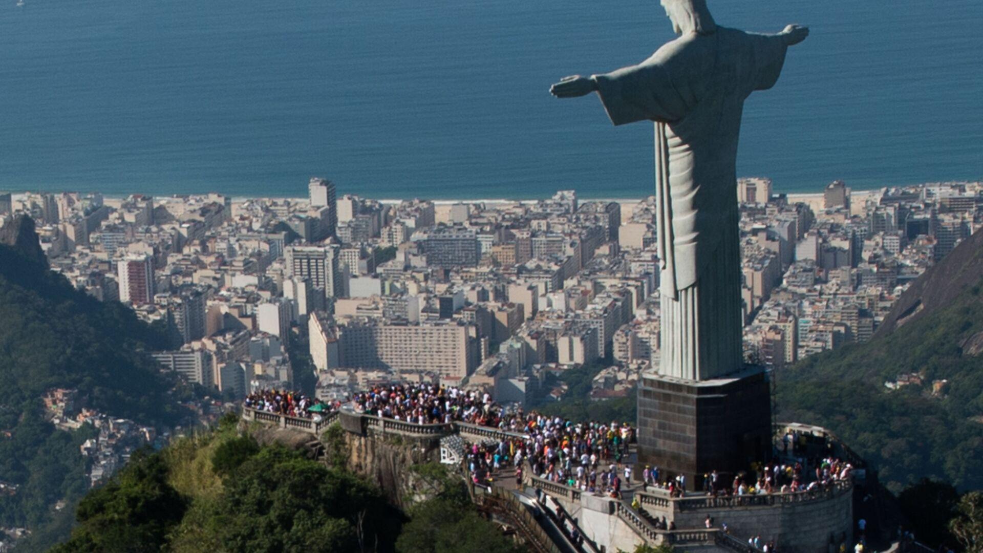 La statua di Cristo Redentore a Rio de Janeiro, Brasile - Sputnik Italia, 1920, 27.05.2021