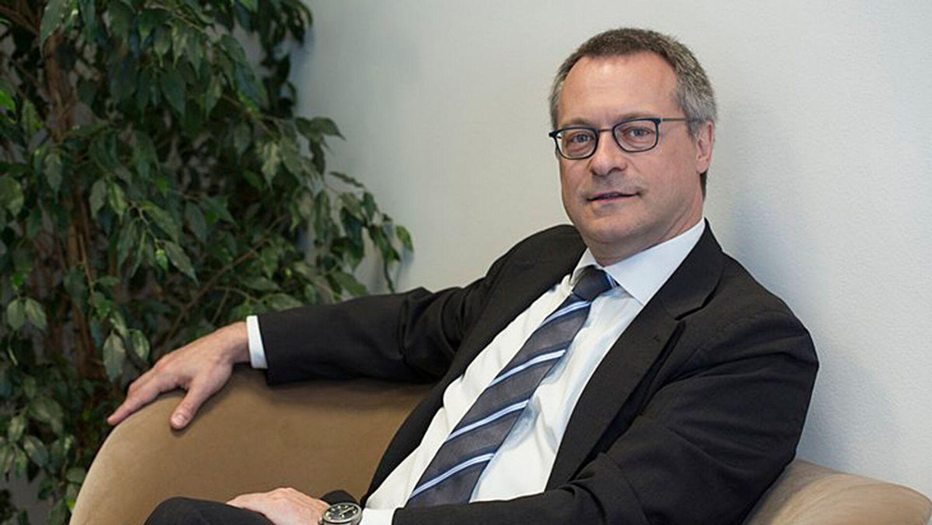 Bonomi: Draghi è un patrimonio del Paese, ora superare il reddito di cittadinanza e quota 100 - Sputnik Italia, 1920, 04.02.2021