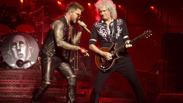 Adam Lambert e Brian May - Sputnik Italia