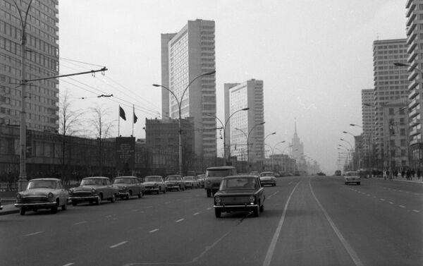 Una kopejka in una strada di Mosca - Sputnik Italia