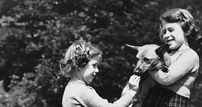 Principesse Elisabetta e Margaret, 1936