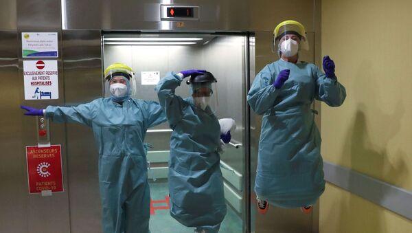 Врачи госпиталя в Льеже, Бельгия  - Sputnik Italia