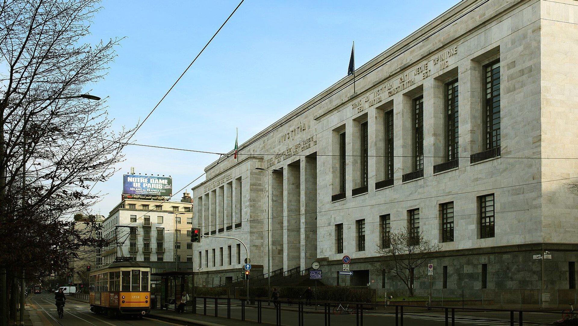 Il Palazzo di Giustizia di Milano, sede del Tribunale - Sputnik Italia, 1920, 03.11.2020