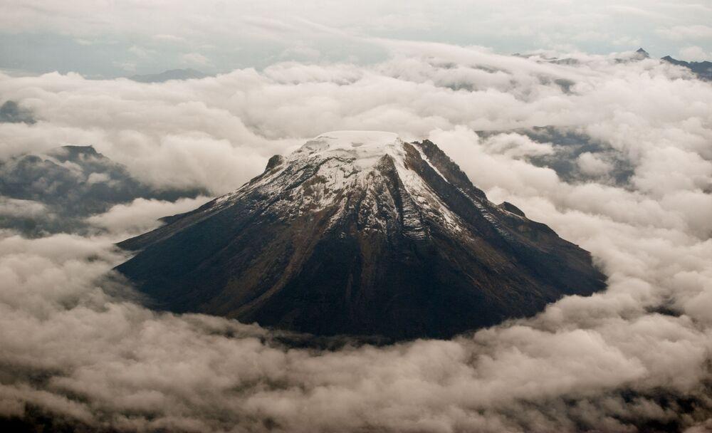 Il Nevado del Tolima è uno stratovulcano che si trova in Colombia