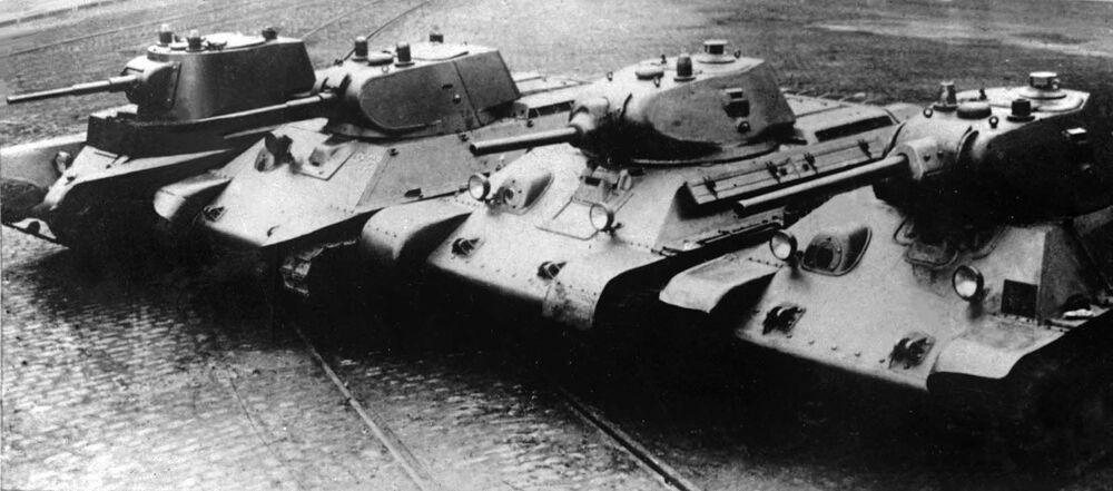 Carri armati sovietici da BT-7 a T-34