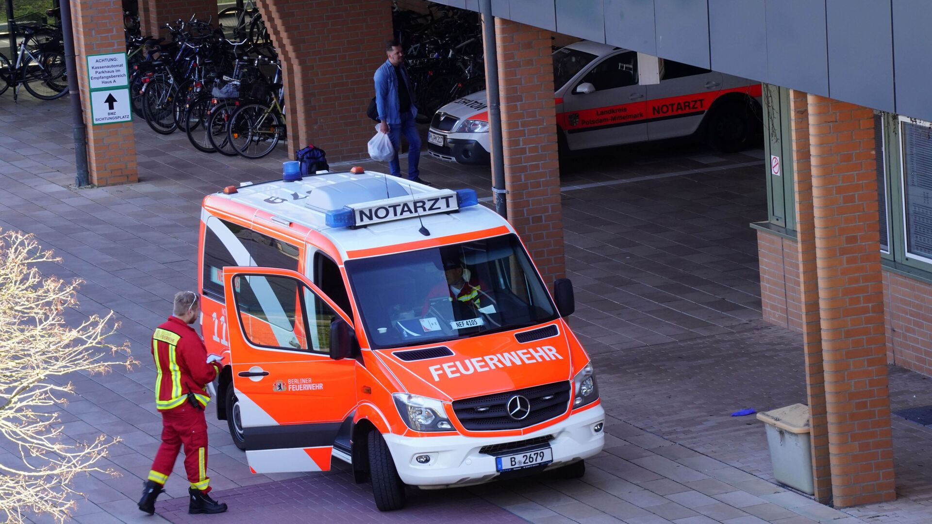 Ambulanza a Berlino, Germania - Sputnik Italia, 1920, 30.07.2021