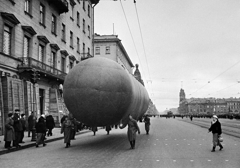 Un aerostato a Leningrado.