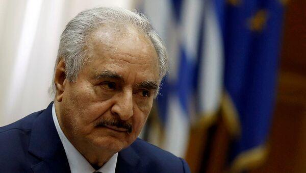 Il generale libico Khalifa Haftar  - Sputnik Italia