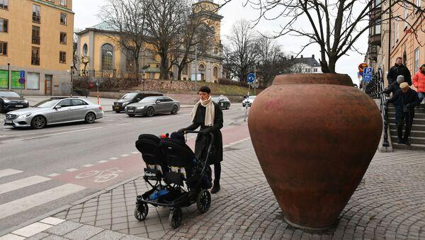 Una via di Stoccolma in periodo pre coronavirus - Sputnik Italia