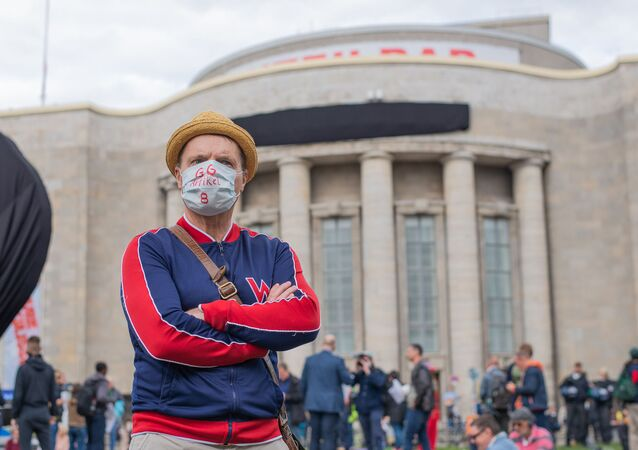 Proteste in Rosa-Luxemburg-Platz