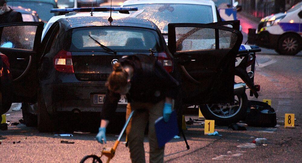 Luogo di attacco contro due poliziotti a Colombes, in Francia