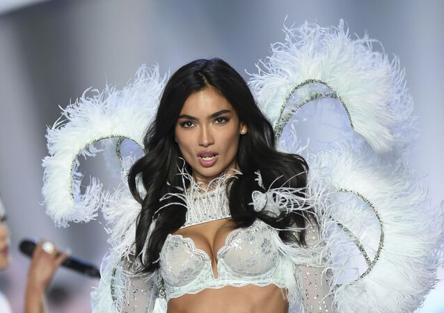 Model Kelly Gale walks the runway during the 2018 Victoria's Secret Fashion Show at Pier 94 on Thursday, Nov. 8, 2018, in New York
