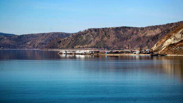 Il lago Baikal - Sputnik Italia