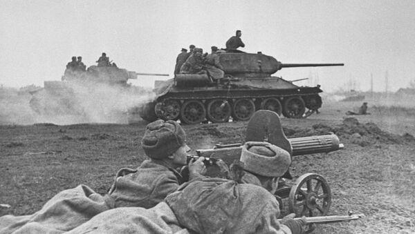 Бой на подступах к  Будапешту, 1945 год - Sputnik Italia