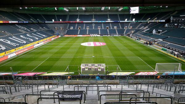 Una partita della Bundesliga a porte chiuse tra Borussia Moenchengladbach e Cologne, 11 marzo 2020 - Sputnik Italia