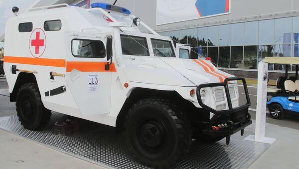Бронированный медицинский автомобиль Тигр на международном военно-техническом форуме Армия-2017 в Московской области - Sputnik Italia