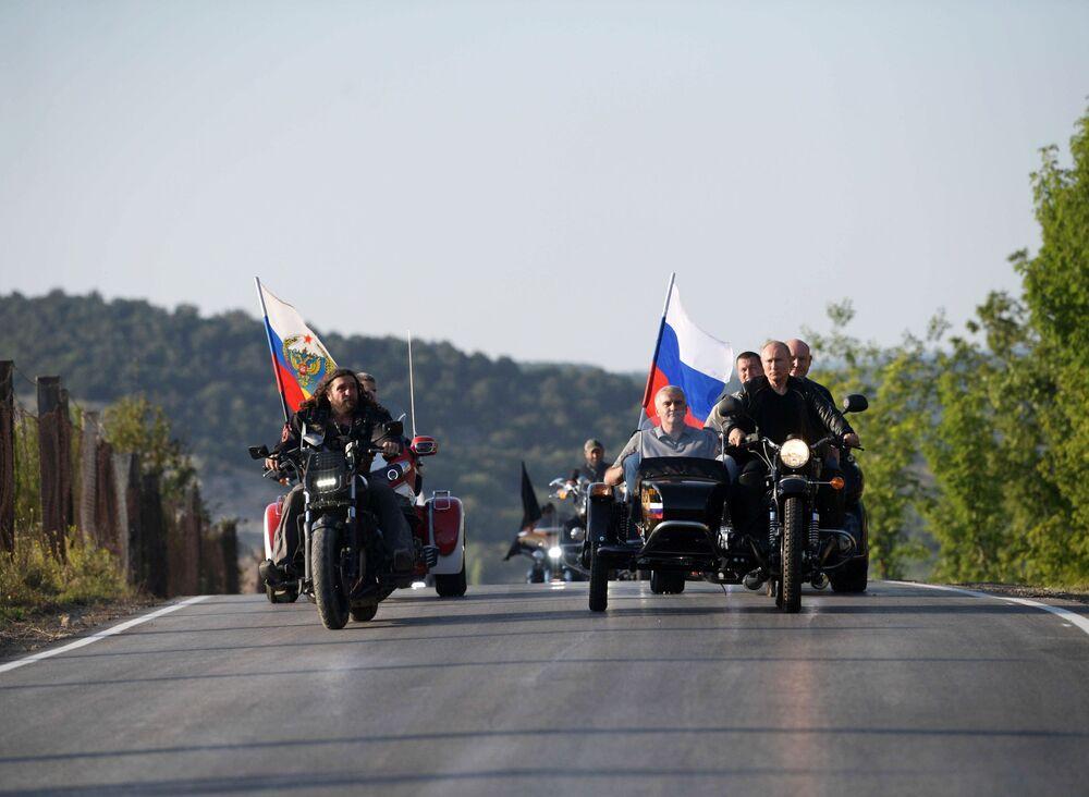 Putin partecipa al moto show in Crimea, il 10 agosto 2019.