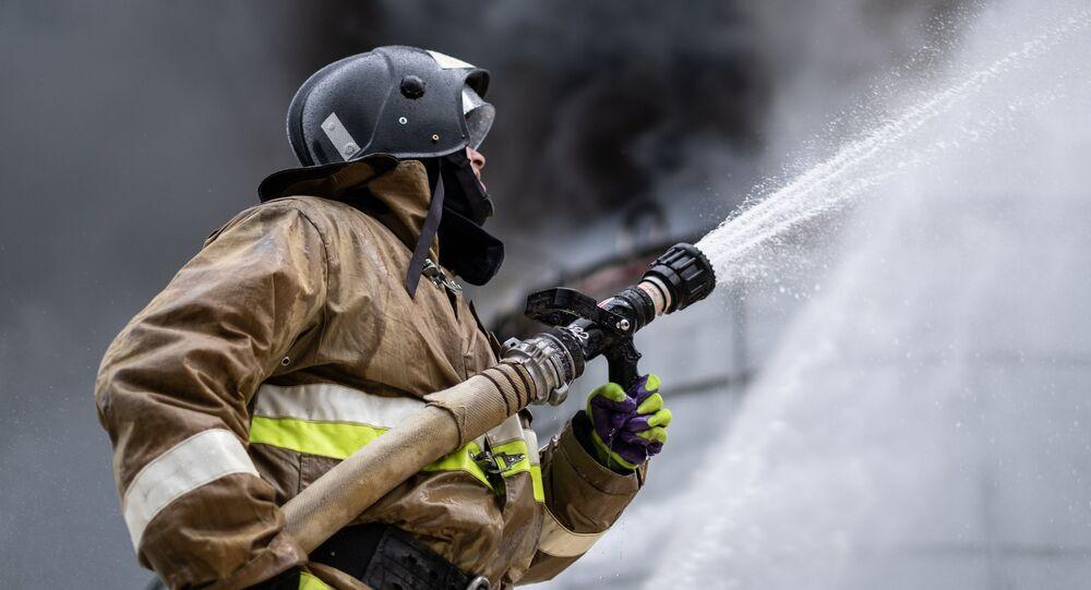 Un pompiere russo