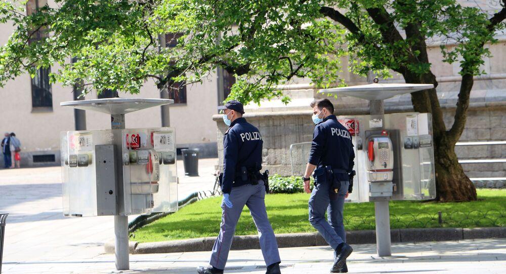 Fase 2, la polizia a Milano