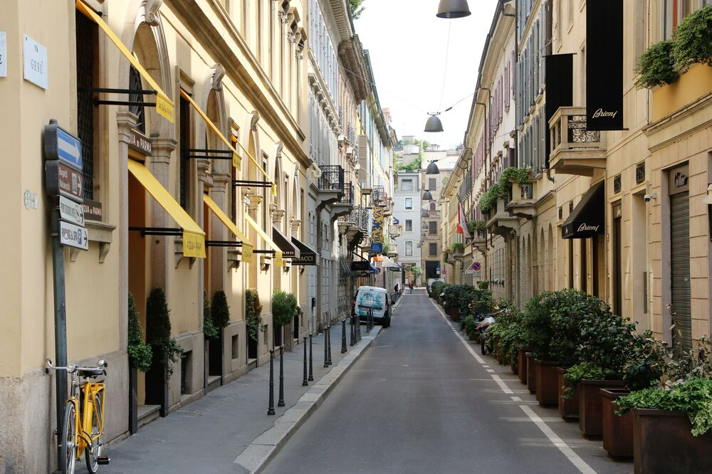 Le strade di Milano dopo l'inizio della Fase 2
