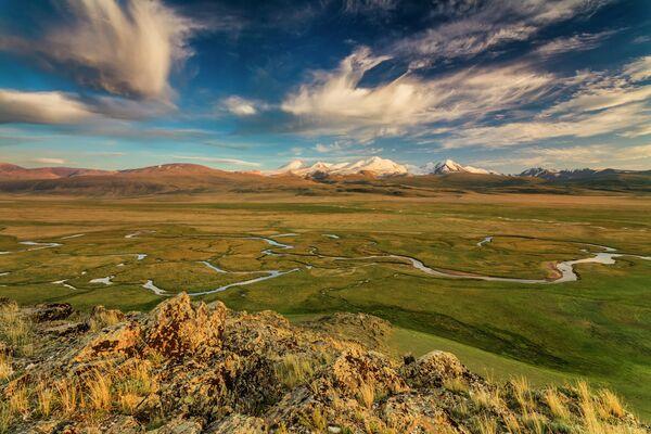 L'Ukok plateau in Altai. È un posto sacro per gli sciamani di Altai, per i buddisti cinesi e mongoli.  - Sputnik Italia