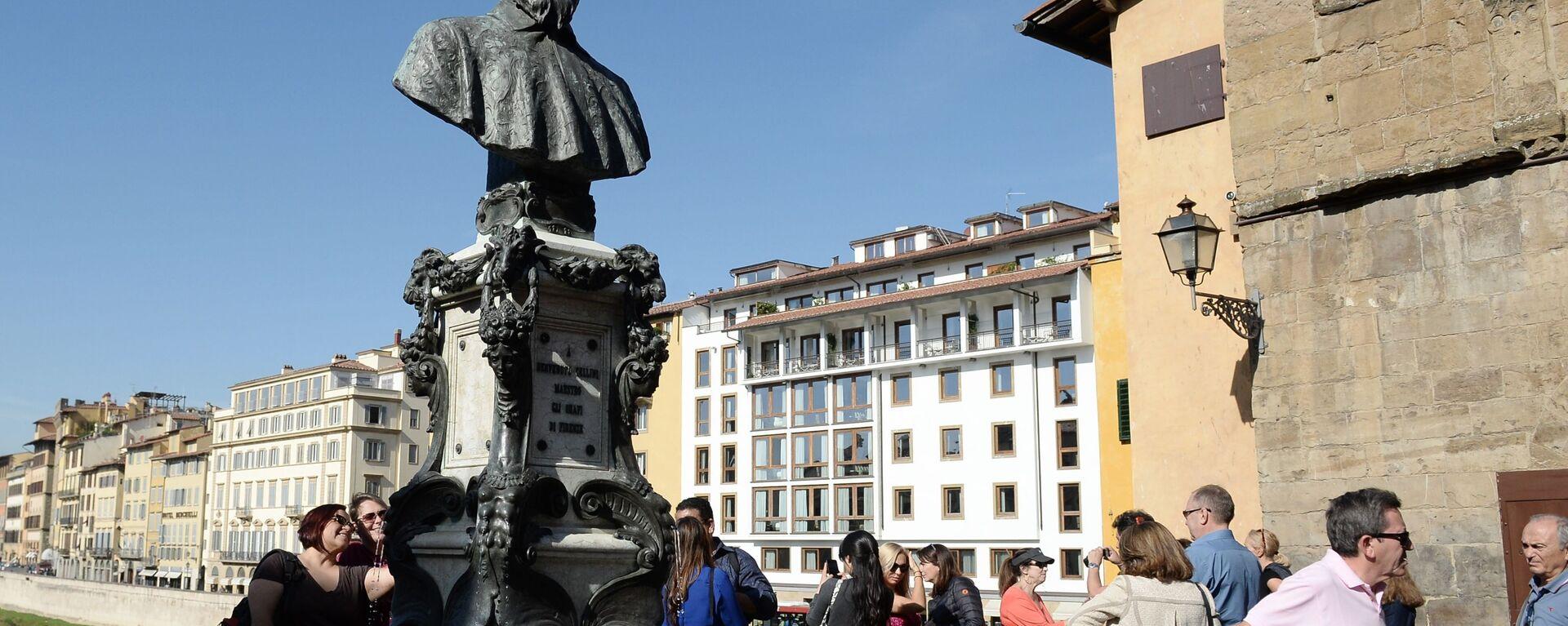 Turisti a Firenze - Sputnik Italia, 1920, 13.08.2021