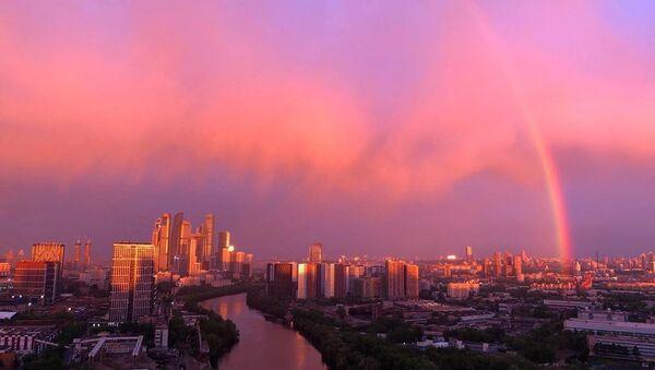 Mosca, tramonto e arcobaleno - Sputnik Italia