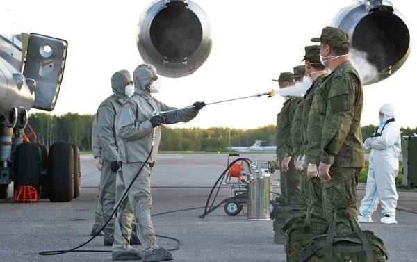 La disinfezione dei militari. - Sputnik Italia