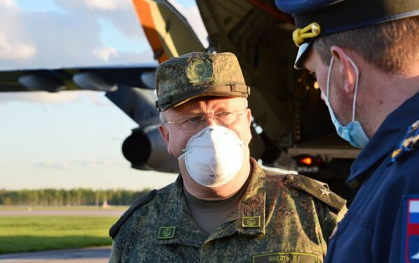 Il Maggiore Generale Sergey Kikot, vice capo delle forze di difesa chimica, nucleare e batteriologica della Russia. - Sputnik Italia
