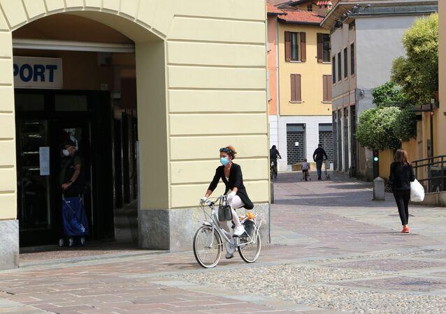 Fase 2, le persone a Milano