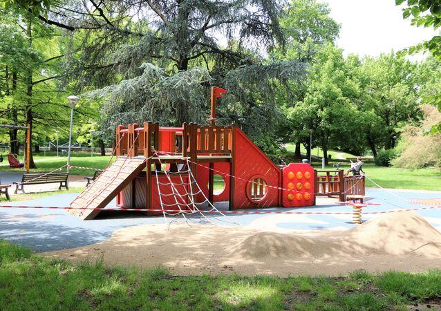 Fase 2, un parco giochi a Milano