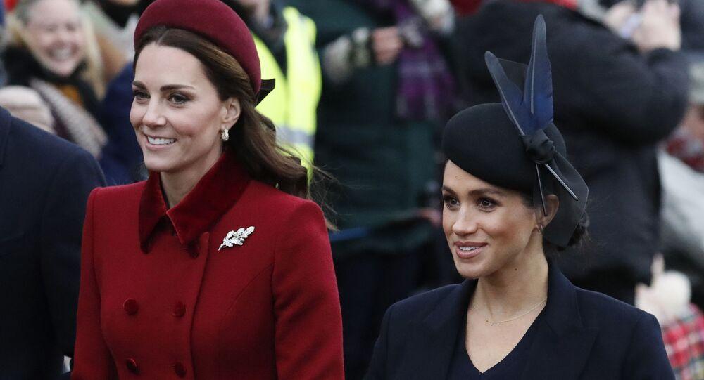 Duchessa di Cambridge Kate e Duchessa del Sussex Meghan (foto d'archivio)
