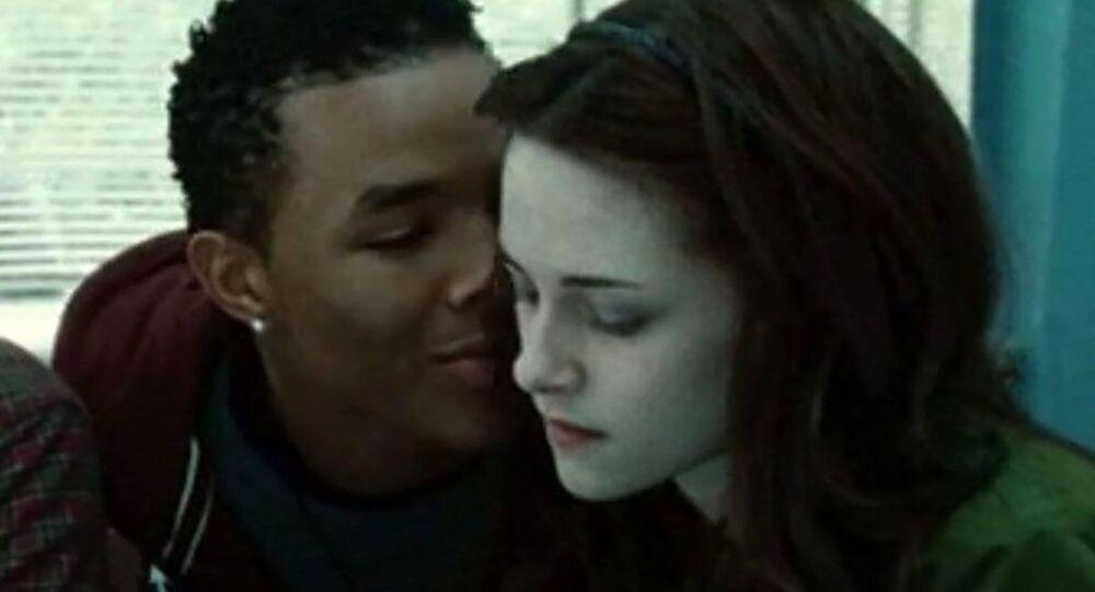 Attore di 'Twilight' Gregory Tyree Boyce trovato morto insieme alla fidanzata