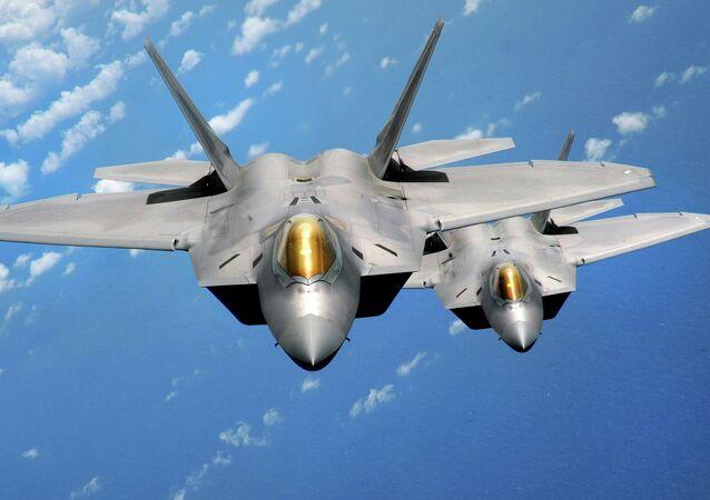 Caccia F-22