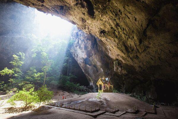 Phraya Nakhon Cave, Thailandia - Sputnik Italia