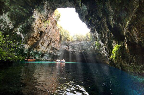 La Grotta di Melissani, Grecia - Sputnik Italia