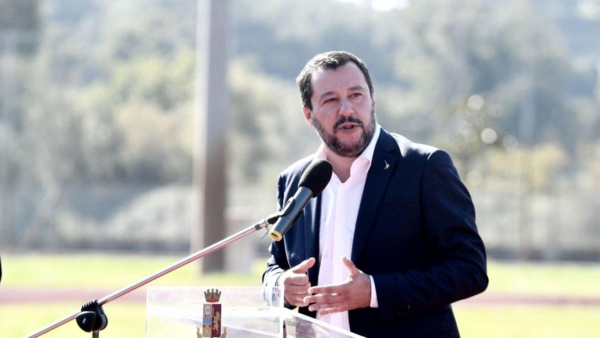 Il governo Draghi ottiene la fiducia in Senato con 262 sì e 40 no. Salvini: Noi ci siamo - Sputnik Italia, 1920, 18.02.2021