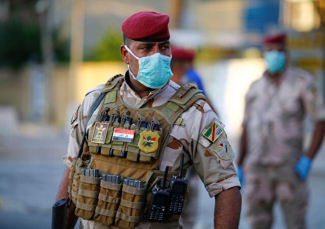 Un soldato iracheno